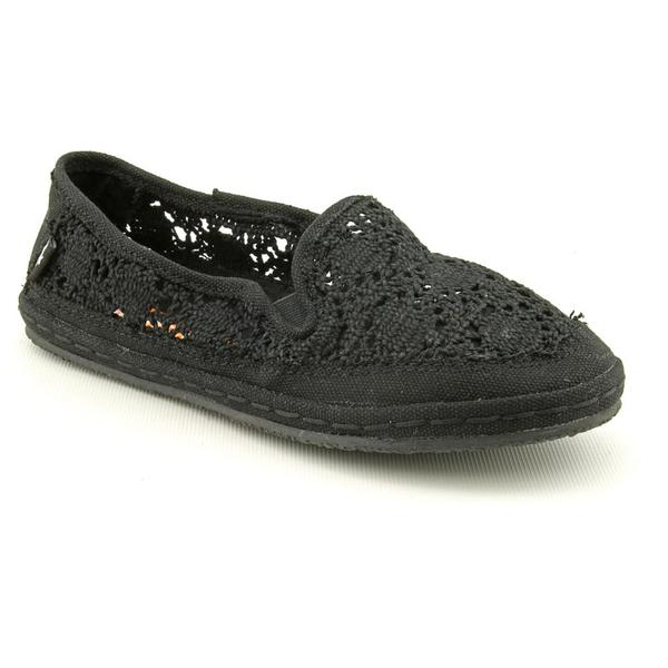 Rocket Dog Women's 'Wheelie' Crochet Casual Shoes
