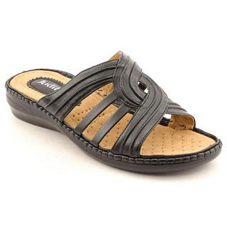 Judith Women's 'Oasis' Man-Made Sandals