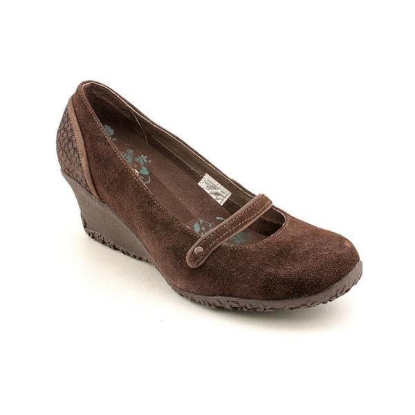Merrell Women's 'Petunia' Regular Suede Dress Shoes