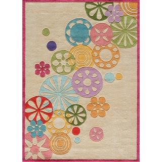 Hand-tufted Momeni Lil' Mo Ivory Pinwheel Rug (4' x 6')
