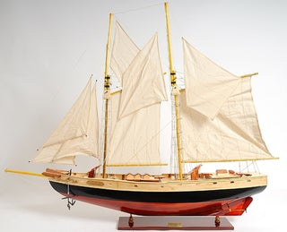 Old Modern Handicrafts Bluenose II Painted Medium Model Ship