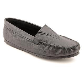 Minnetonka Women's 'Deerskin' Leather Casual Shoes - Extra Wide (Size 7)