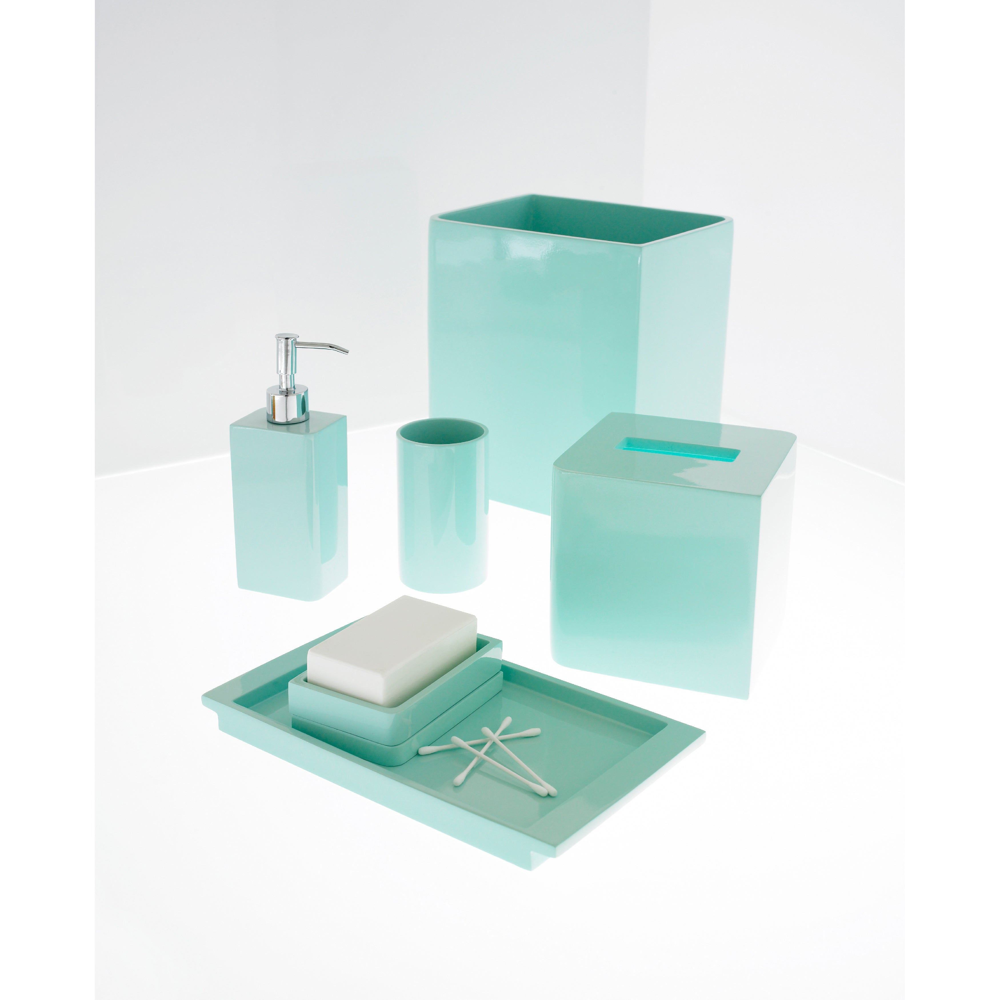 Solid lacquer light blue bath accessory collection for Pale blue bathroom accessories