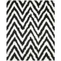 Hand-made Chevron Ivory/ Black Shag Rug (8'9 x 12')