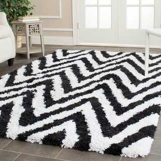 Safavieh Hand-made Chevron Ivory/ Black Shag Rug (8'9 x 12')