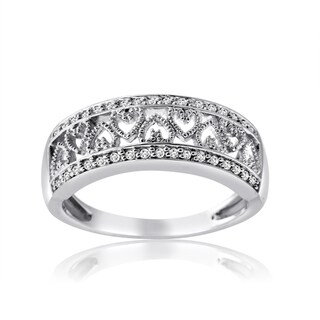 10k White Gold 1/4ct TDW Diamond Band with Inlay Heart Design (H-I, I1-I2)