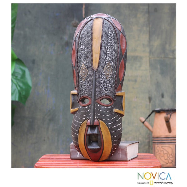 Handcrafted Sese Wood 'Akan Beauty' African Mask (Ghana)