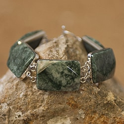 Handcrafted Sterling Silver 'Maya Princess' Jade Bracelet (Guatemala)