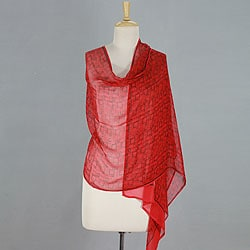 Handcrafted Silk 'Scarlet Serenade' Shawl (India)