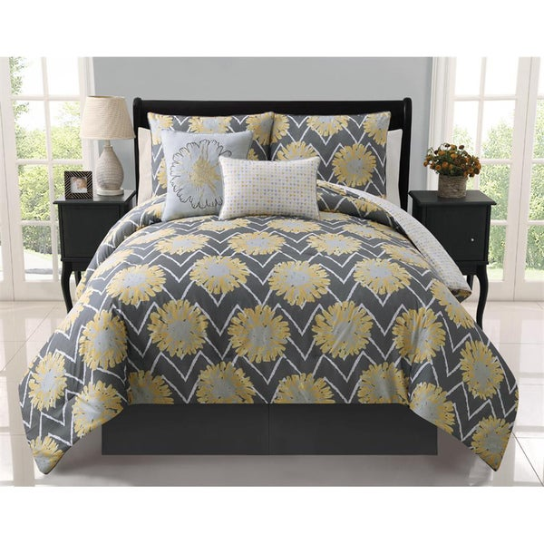 VCNY Naomi 5-piece Reversible Comforter Set