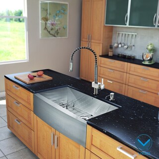 Vigo All in One 30-inch Steel Farmhouse Kitchen Sink and Faucet Set