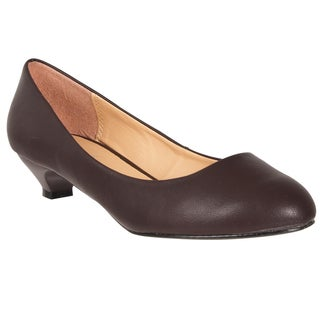 Riverberry Women's Brown Kitten Heel Pumps