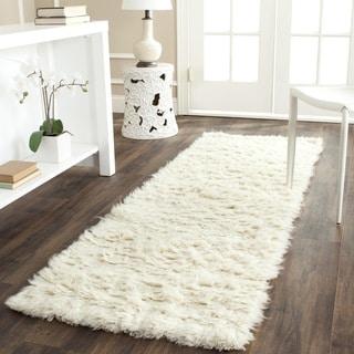 Safavieh Handmade Flokati Ivory Wool Rug (2'3 x 7')