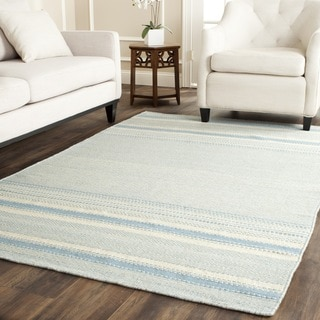 Safavieh Hand-woven Kilim Light Blue/ Ivory Wool Rug (5' x 8')
