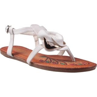 Refresh by Beston Women's 'Abina-02' White Rose Vamp Sandals