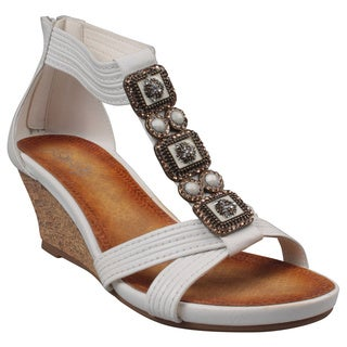 Refresh by Beston Women's 'Ginny-10' White Beaded T-Strap Low Wedge Sandals
