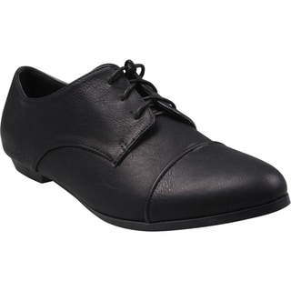 Refresh by Beston Women's 'Sosa-03' Black Lace-up Oxfords