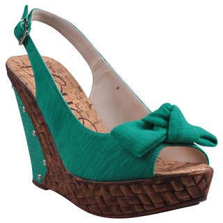 Refresh by Beston Women's 'Unica' Green Peep-Toe Slingback Wedge Sandals
