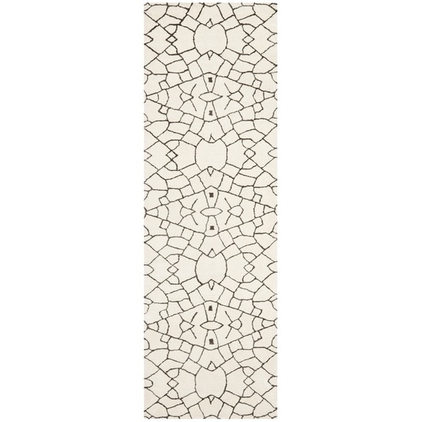 Thom Filicia Handmade Cream/ Brown New Zealand Wool Rug (2'6 x 8')