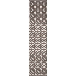Thom Filicia Hand-woven Indoor/ Outdoor Saddle Rug (2' x 12')
