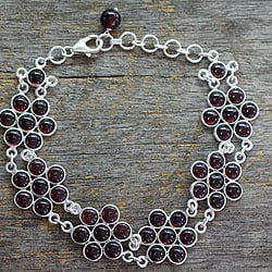 Love Blossoms Flower Round Cabochon Red Garnet Gemstone Lobster Clasp 925 Sterling Silver Adjustable Women Link Bracelet (India)