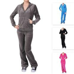Journee Collection Women&#39;s 2-piece Velour Track Suit