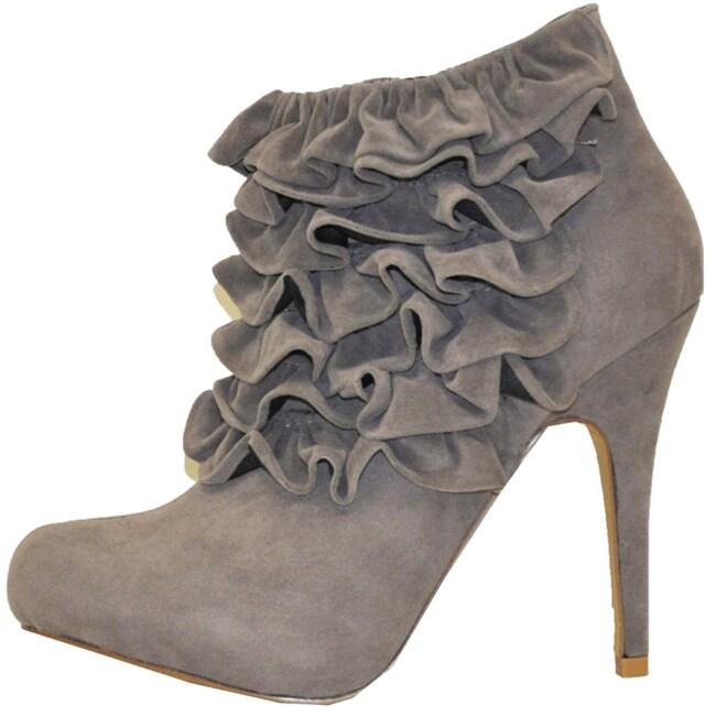 Fahrenheit Women's 'Yama-06' Ruffle Faux Suede Ankle Booties