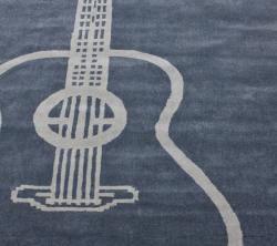 nuLOOM Handmade Guitar Grey Rug (5' x 8')