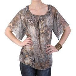 Journee Collection Women's Contemporary Plus Short-sleeve Chiffon Top