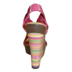 Bucco Women's 'Albina' Pink Wedge Sandals