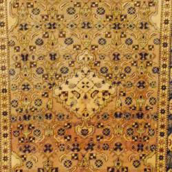 1940's Antique Persian Hand-knotted Hamadan Beige/ Ivory Wool Rug (4'4 x 7'3)