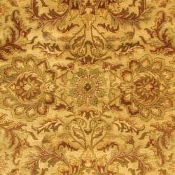 Handmade Classic Mahal Ivory Wool Rug (7'6 x 9'6)
