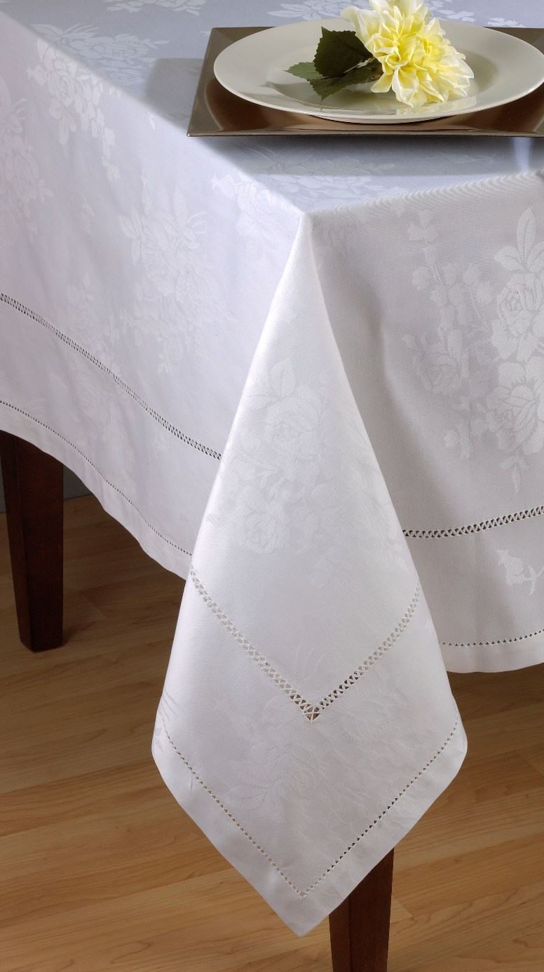 Saro White Cotton Rose-design Damask and Hemstitch Tablecloths