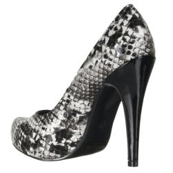 Riverberry Women's Black Pumps