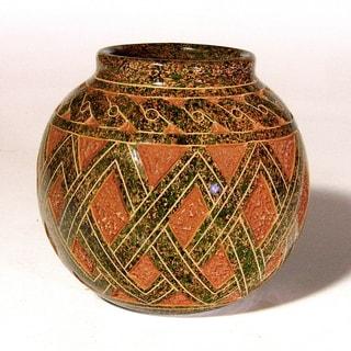 Pre-Columbian Weave Pattern Decorative Vase (Nicaragua)