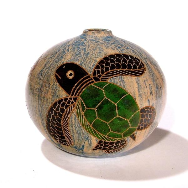 Small Decorative Sea Turtles Vase (Nicaragua)