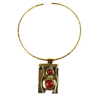 Handmade Carnelian Mountain Brass Pendant Necklace (South Africa)