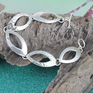 Sterling Silver Hammered and Smooth LinksToggle Bracelet (Mexico)