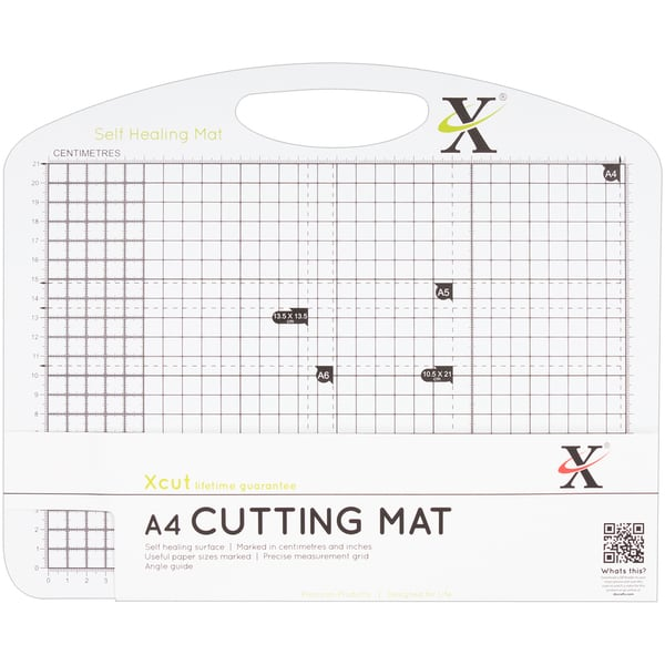 "Xcut Duo Cutting Mat A4 297mm X 210mm (11.7""X8.3"")-Black & White"