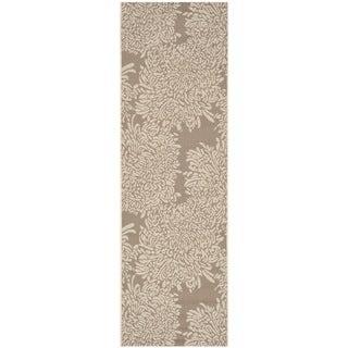Martha Stewart Chrysanthemum Dark Beige/ Beige Indoor/ Outdoor Rug (2'7 x 8'2)