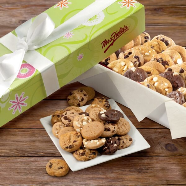Mrs. Fields 120 Cookie Bites Gift Box