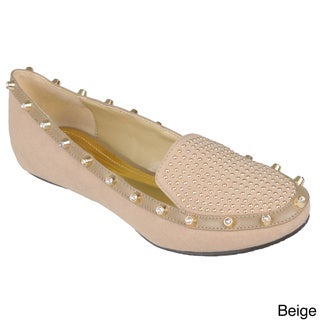 Journee Collection Women's 'Alyssa-1' Studded Round Toe Flats