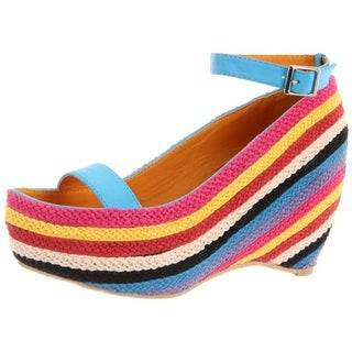 Fahrenheit Women's 'Fig-02' Blue Slingback Rainbow-Wedge Sandals