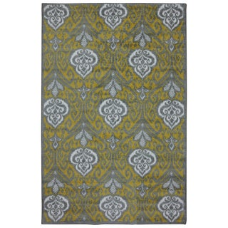 Mohawk Home Yellow Ikat Rug (8' x 10')