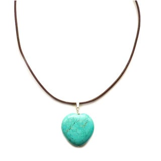 Every Morning Design Turquoise Heart On Leather Necklace