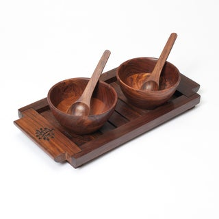 Handcrafted Mango Wood Serving Bowls Set (India)