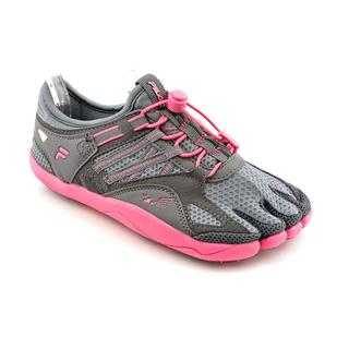 Fila Women's 'Skele-toes Bay Runner 3' Mesh Athletic Shoe
