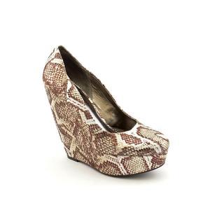 Carlos Santana Women's 'Fate' Round-toe Animal Print Dress Shoes