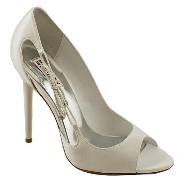 Badgley Mischka Women's 'Wanda' Satin Dress Shoes