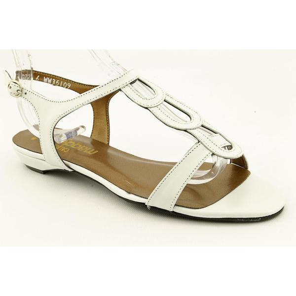 California Magdesians Women's 'Milla' Leather Sandals - Extra Wide (Size 6)